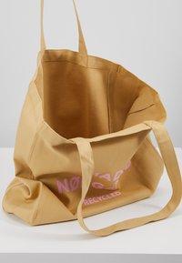 Mads Nørgaard - BOUTIQUE ATHENE - Shopping Bag - beige/rose - 5