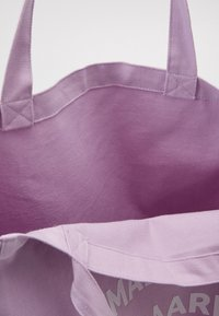 Mads Nørgaard - BOUTIQUE ATHENE - Shopping bags - light purple/white - 2