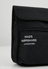 Mads Nørgaard - ALP - Sac bandoulière - black - 7
