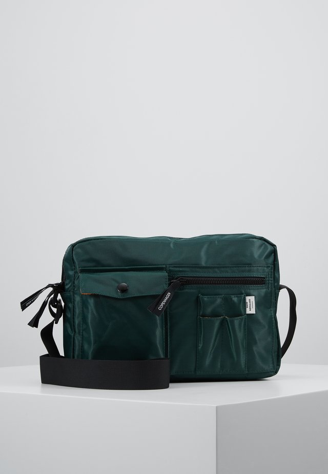 BEL AIR CAPPA - Umhängetasche - dark green