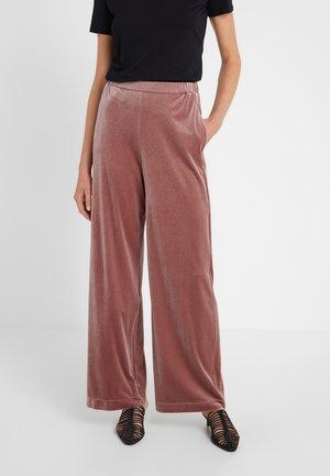 AGORDO - Pantaloni - altrosa