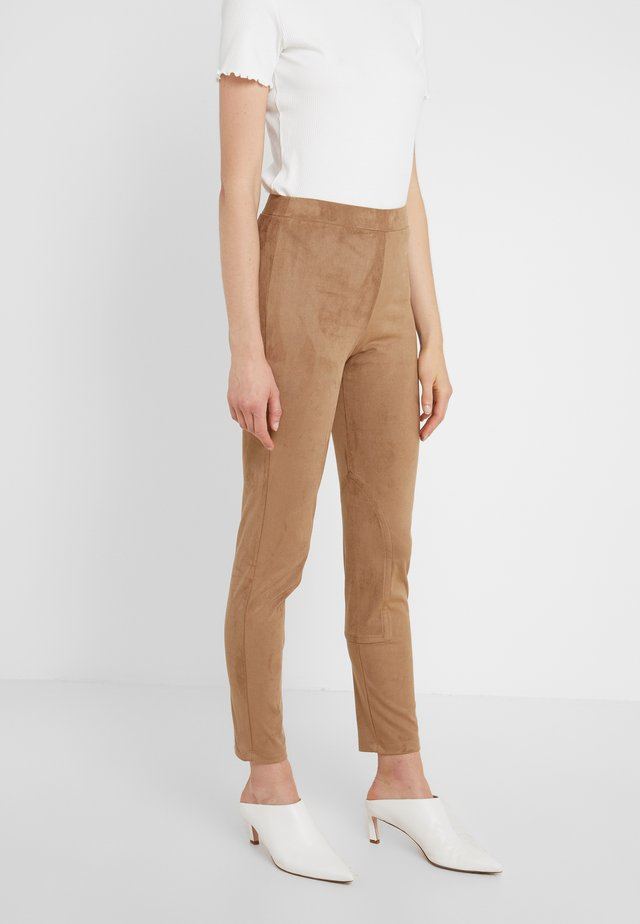 GESTO - Leggings - Hosen - kamel