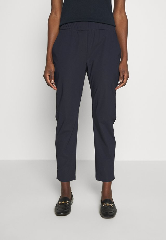 PINTA - Kalhoty - ultramarine