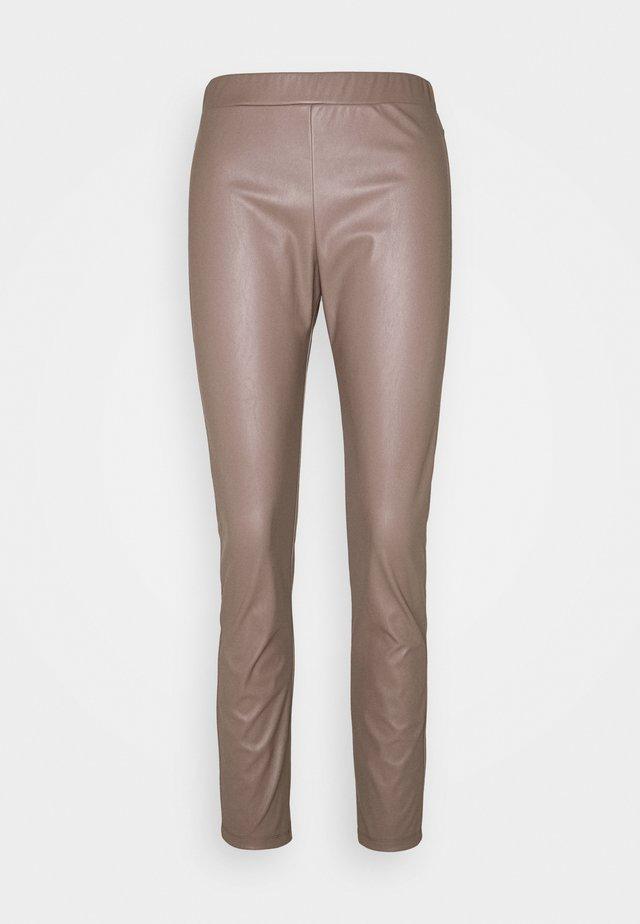 RANGHI - Trousers - taubengrau