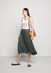 Max Mara Leisure - DRINA - A-line skirt - petrol - 1