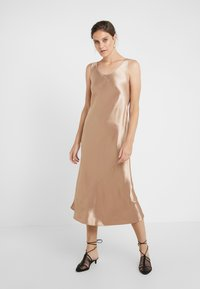 Max Mara Leisure - TALETE - Cocktail dress / Party dress - kamel - 0