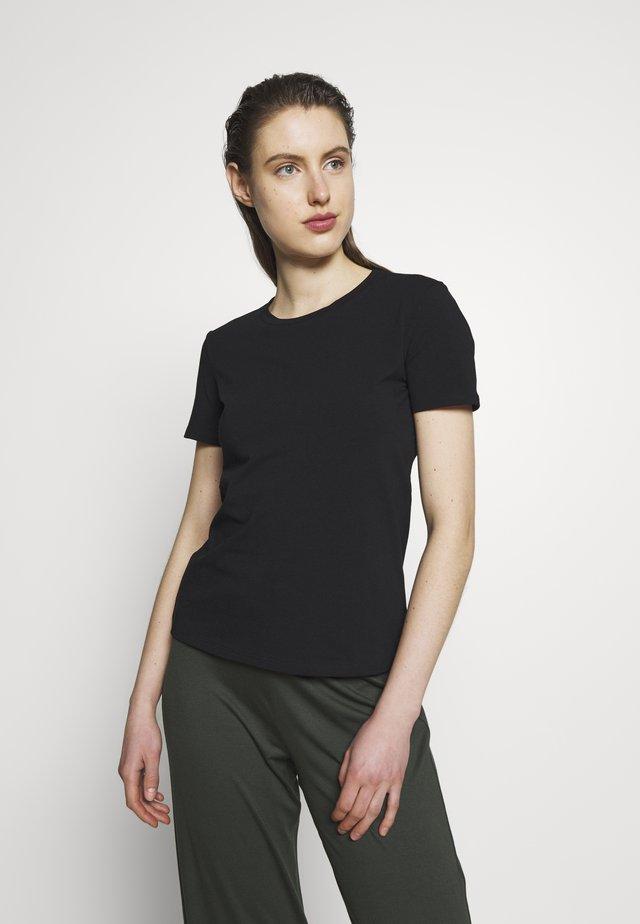 VAGARE - Jednoduché triko - black