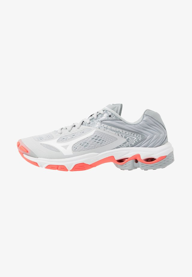WAVE LIGHTNING Z5 - Volleyball shoes - glacier gray/white/fiery coral