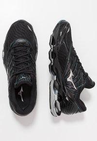 Mizuno - WAVE PROPHECY 8 - Chaussures de running neutres - black/silver/stormy weather - 1