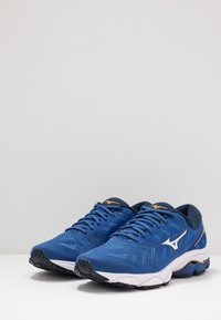 Mizuno - WAVE ULTIMA 11 - Juoksukenkä/neutraalit - true blue/white/dress blues