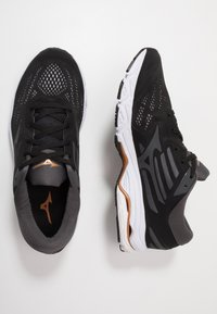 Mizuno - WAVE STREAM - Neutrale løbesko - black/monument/dark shadow - 1