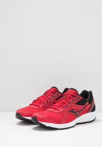 Mizuno - WAVE SPARK 5 - Neutrale løbesko - black/chinese red - 2
