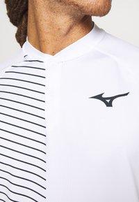 Mizuno - SHADOW - Print T-shirt - white - 5