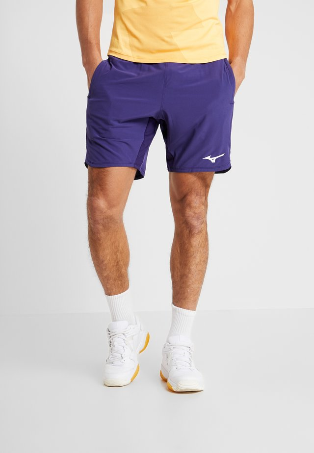 AMPLIFY SHORT - kurze Sporthose - astral aura