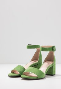 Maripé - Sandaler - verde - 4