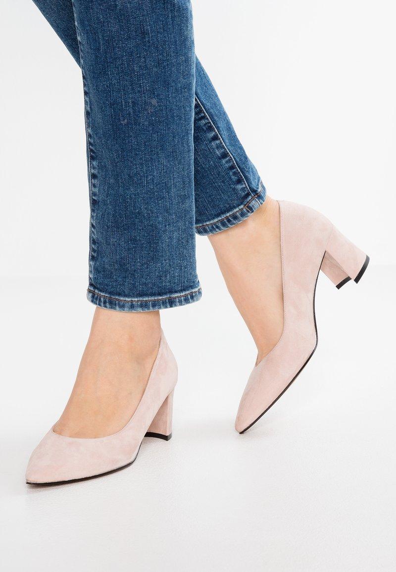 Maripé - Classic heels - light rose