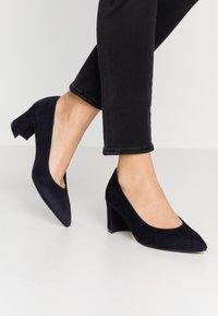 Maripé - Classic heels - abyss - 0