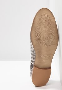 Maripé - Loafers - taupe - 6