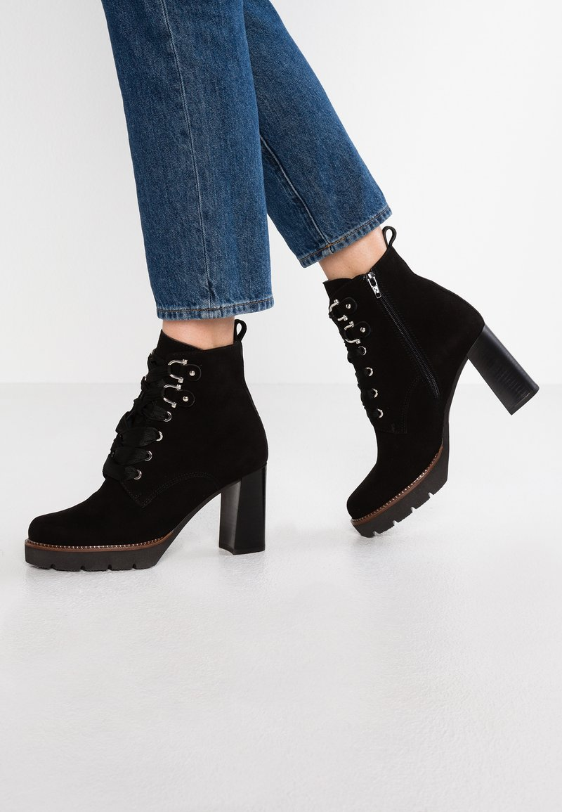 Maripé - High heeled ankle boots - nero