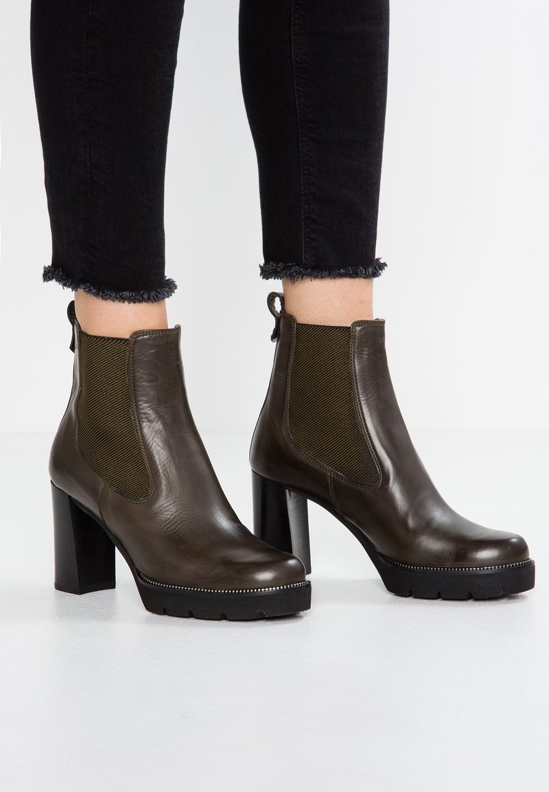 Maripé - High heeled ankle boots - delice bosco