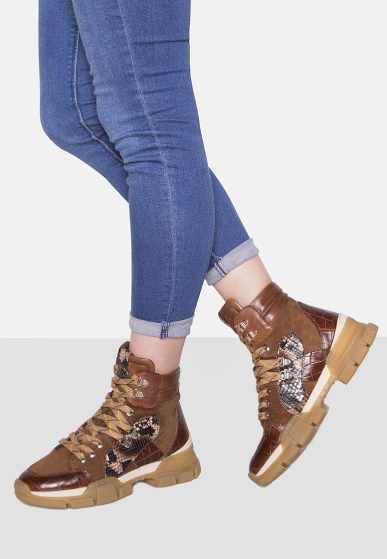 Maripé - Ankle boots - cognac