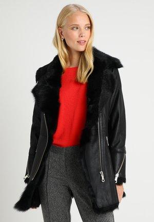 LYDIA - Winter coat - black