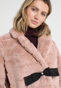 Maze - MENNIFEE - Winter coat - light blush - 3