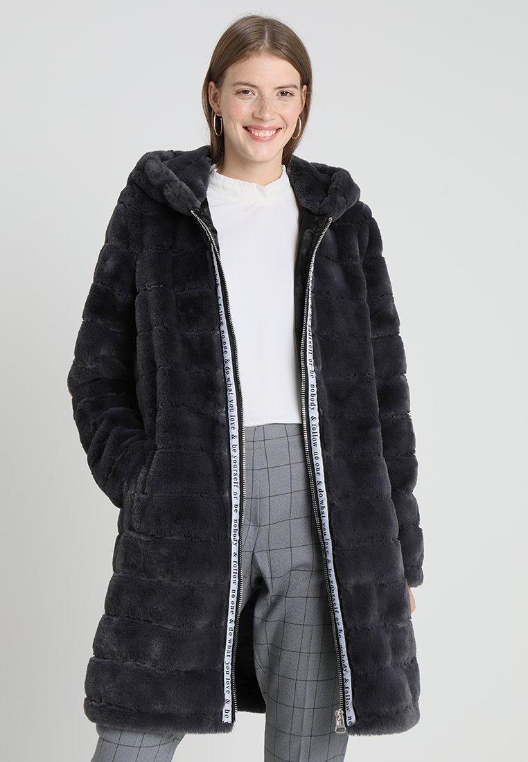 Maze - PERRIS - Winter coat - anthra