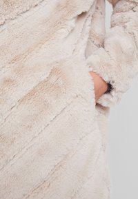 Maze - CAMPANA - Winter coat - offwhite - 5