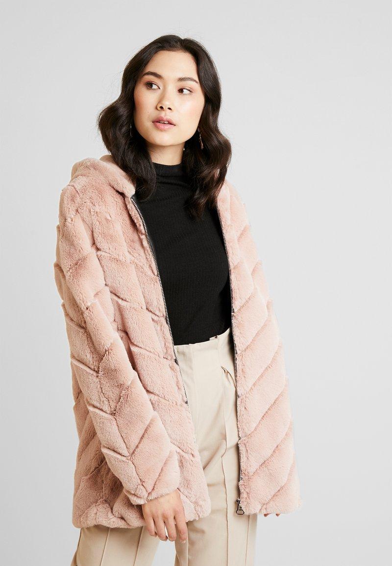 Maze - CAMPANA - Winter coat - light blush