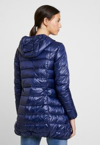 Modern Eternity - ASHLEY LIGHTWEIGHT MATERNITY JACKET WITH HOOD - Winterjas - navy - 2