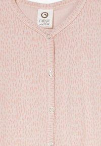 Müsli by GREEN COTTON - RABBIT BABY ZGREEN - Pyjama - rose whip - 2