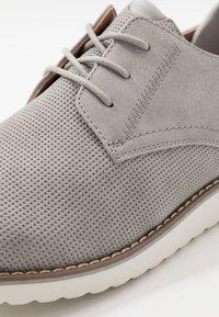 Madden by Steve Madden - CAPTOR - Volnočasové šněrovací boty - grey - 5