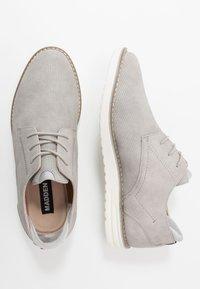 Madden by Steve Madden - CAPTOR - Volnočasové šněrovací boty - grey - 1
