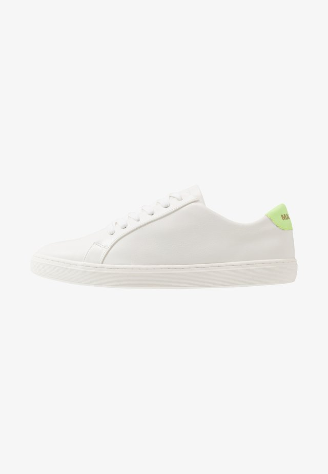 DARSON - Sneakers basse - white/green