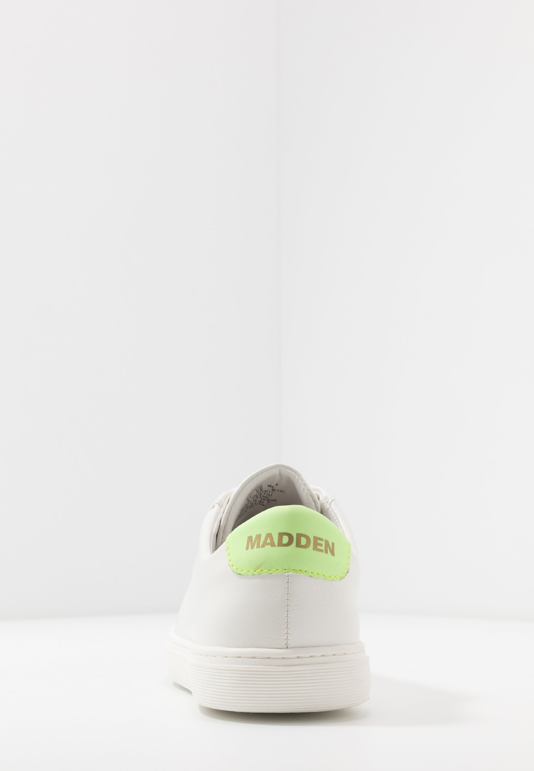 Madden By Steve Darson - Baskets Basses White/green