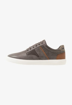 DALLYN - Trainers - grey
