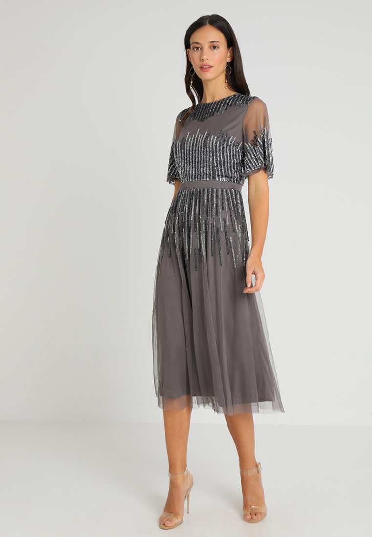 Maya Deluxe - EMBELLISHED MIDI DRESS WITH HIGH NECK - Cocktailjurk - charcoal