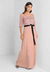 Maya Deluxe - SEQUIN BODICE MAXI WITH SHEER YOKE AND CONTRAST TIE BELT - Iltapuku - pale mauve - 2