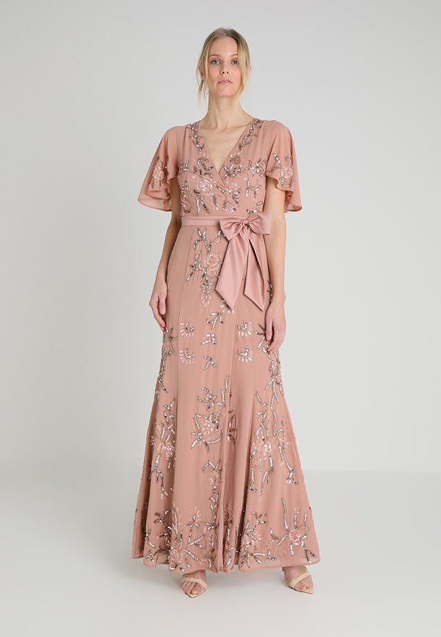 WRAP MAXI DRESS WITH FLORAL EMBELLISHMENT AND BOW - Festklänning - silver/pink