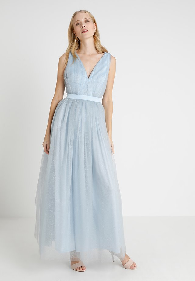 PLUNGE MAXI DRESS WITH CUT OUT BACK - Galajurk - light blue