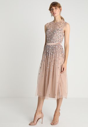 CLUSTER EMBELLISHED MIDI DRESS WITH YOKE - Cocktail dress / Party dress - taupe blush/multi