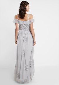Maya Deluxe - EMBELLISHED DRESS IN SPOT WITH RUFFLE COLD SHOULDER - Galajurk - soft grey - 2
