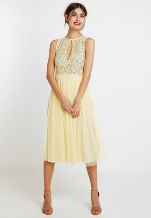 KEYHOLE FRONT MIDI DRESS WITH SCATTERED SKIRT - Cocktailkjole - lemon