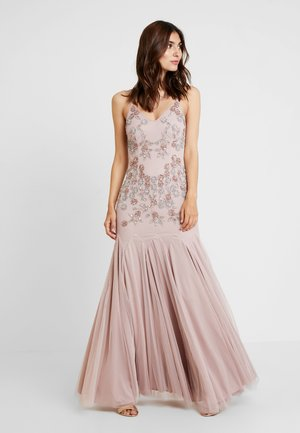 EMBELLISHED CAMIMAXI DRESS WITH FISHTAIL - Iltapuku - frosted pink