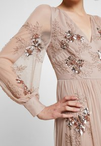 Maya Deluxe - PLUNGE FRONT ALL OVEREMBELLISHED MAXI DRESS WITH SPLIT - Ballkjole - taupe blush - 5