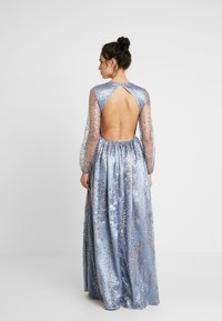 Maya Deluxe - STAR GLITTER MAXI DRESS WITH BISHOP SLEEVES AND OPEN BACK - Ballkjole - blue/multi - 3