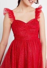 Maya Deluxe - GLITTER MAXI DRESS WITH RUFFLE SLEEVE - Společenské šaty - red/gold - 5