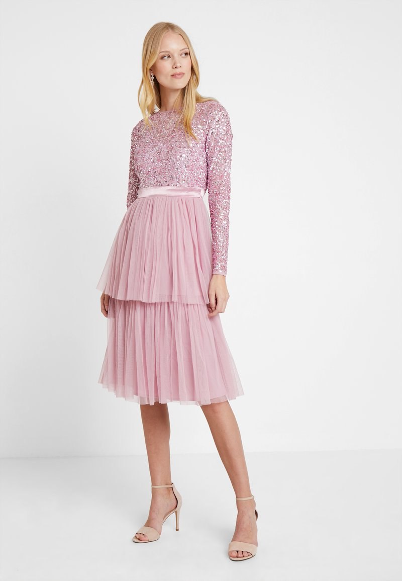 Maya Deluxe - TIERED MIDI DRESS WITH EMBELLISHED BODICE - Cocktail dress / Party dress - pink
