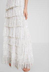 Maya Deluxe - ALL OVER EMBELLISHEDTIERED DRESS - Společenské šaty - ivory - 4